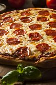 foto of hot fresh pizza  - Hot Homemade Pepperoni Pizza Ready to Eat - JPG