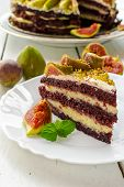 Cake With Figs