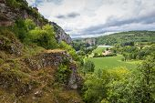 foto of naturel  - Lot River and the valley at Saint Circ Lapopie - JPG