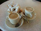 Cafe Au Lait Avec Beignets