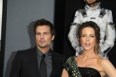 LOS ANGELES - AUG 1: Kate Beckinsale, Len Wiseman at the Los Angeles Premiere of 'Total Recall' at G