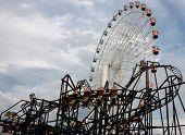 Ferris wheel & roller coaster