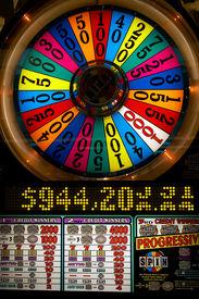 foto of slot-machine  - Photo of slot machine close - JPG