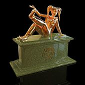picture of harlequin  - 3D harlequin golden sculpture for celebrating april fool - JPG