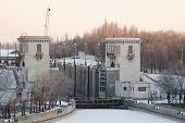 picture of lenin  - View of the Gateway 2 Volga - JPG