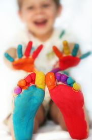 picture of painted toes  - Five year old boy with feet and hands painted - JPG