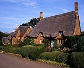 Thatched cottages, Great Tew, England.