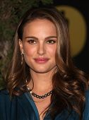 LOS ANGELES - FEB 7:  NATALIE PORTMAN arrives to the 83rd Academy Awards Nominees Luncheon  on Feb 7
