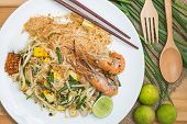 (pad Thai) Thai Style Fried Noodles