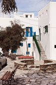 pic of greek-architecture  - Classical Greek architecture of the streets  - JPG