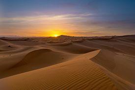 foto of sahara desert  - view of Erg Chebbi Dunes  - JPG