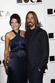 LOS ANGELES - NOV 12: Lisa Edelstein; Robert Russell at the 2011 MOCA Gala, An Artist's Life Manifes
