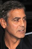 LOS ANGELES - OCT-4: George Clooney arriveert op de