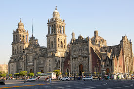 picture of tabernacle  - Cathedral Metropolitana and Metropolitan Tabernacle Mexico City Mexico - JPG