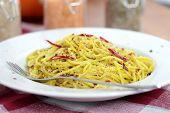 Spaghetti with pesto.