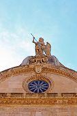 Постер, плакат: Statue Of Saint Michael
