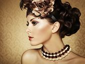 picture of damask  - Retro portrait of a beautiful woman - JPG