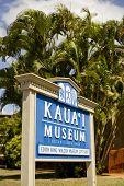 Sinal de Museu de Kauai