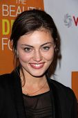 Phoebe Tonkin at the Launch of Kimberly Snyder's
