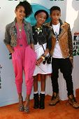 Jada Pinkett Smith, Jaden Smith and Willow Smith at the 2012 Nickelodeon Kids' Choice Awards, Galen