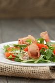 Salad With Prosciutto Arugula And Tomatoes