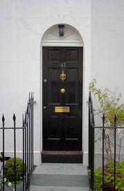 foto of front door  - Black front door  - JPG