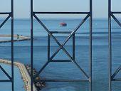 Harbour Thru Railing