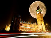 Westminster/Big Ben at night with full moon in background