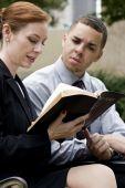 Wirtschaftspark Bibel lesen