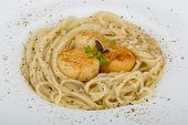 image of scallops  - Pasta with scallops and fresh green herbs - JPG