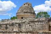 El Caracol,temple In Chichen Itza, Mexico