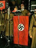 Nazi Statsschef Spricht Bei Der Naechtlichen Feierstunde