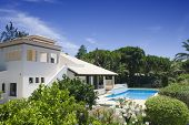 picture of villa  - Beautiful villa with a healthy garden and a refresh water pool at Algarve - JPG