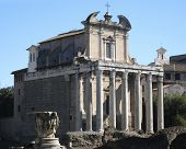Temple Of Antonius Pius And Faustina
