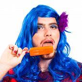 Transvestiten Mann mit Eis-pop