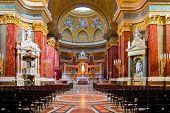 innere-Stephans Basilika in budapest