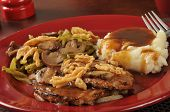 Salisbury Steak And Mashed Potatoes