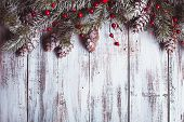picture of snow border  - White shabby Christmas border with snow covered pinecones - JPG