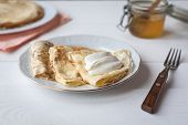Breakfast With Pancakes, Honey and sour creme