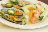 pic of jalapeno  - Spicy chili mussels with jalapeno slices and cucumber tomato salad - JPG