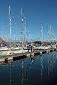 Luxus-Yachten in Weymouth Hafen in dorset
