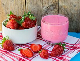 picture of fruit shake  - Smoothies with yogurt and strawberries - JPG