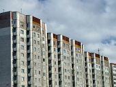 Alte Wohnviertel kommunistisch Wolkenkratzer