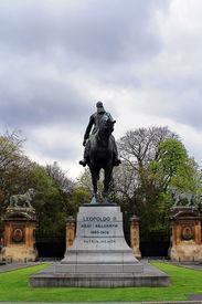 foto of leopold  - Sculpture of Leopold II King of Belgium - JPG