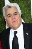 WEST HOLLYWOOD, CA - 24 FEB: Jay Leno auf der Vanity Fair Oscar Party im Sunset Tower am 24. Februar,