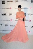 LOS ANGELES - 24 de fevereiro: Fan Bing Bing chega a Elton John Aids Foundation 21 Academy Awards V