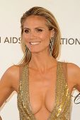 LOS ANGELES - FEB 24:  Heidi Klum arrives at the Elton John Aids Foundation 21st Academy Awards View