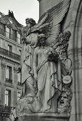 Sculptures Grand Opera