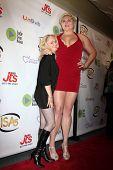 LOS ANGELES - APR 2:  Jaycee Jewel, Lindsay Kay Haward at the 2014 Indie Series Awards at El Portal Theater on April 2, 2014 in North Hollywood, CA