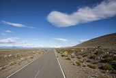 Постер, плакат: Endless Empty Country Highway Ruta 40